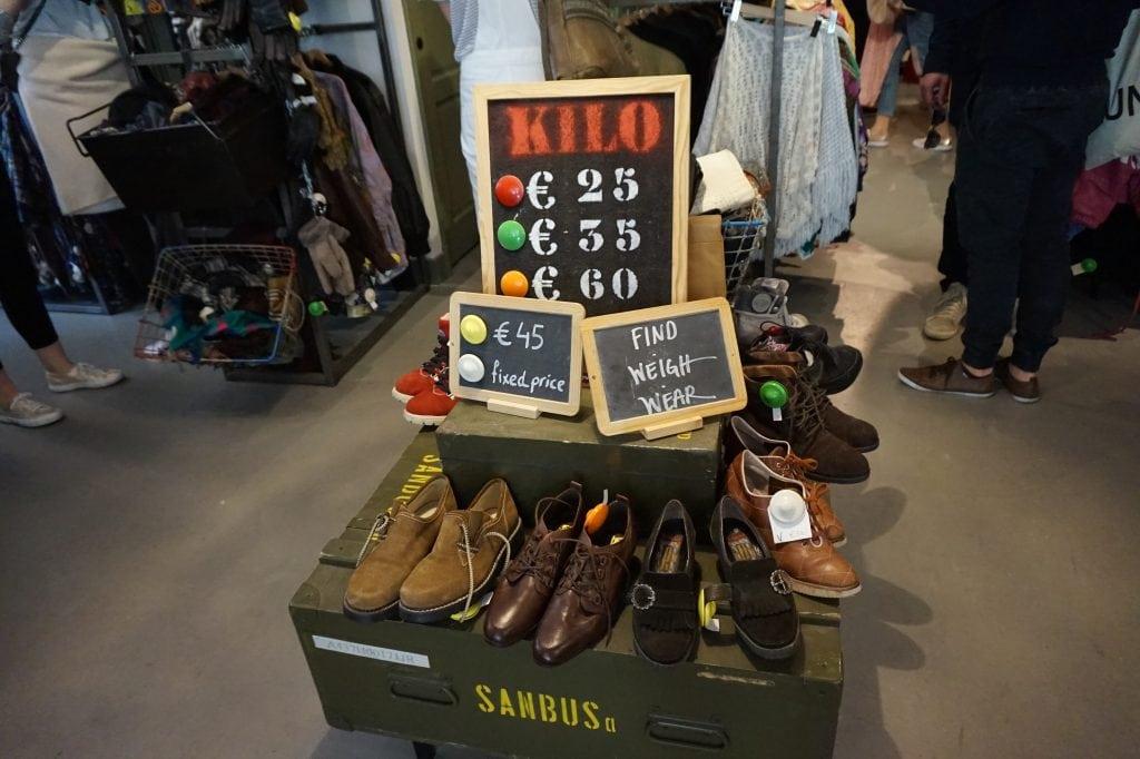 DSC01672 - 4x vintage shops in Amsterdamse (De Pijp)
