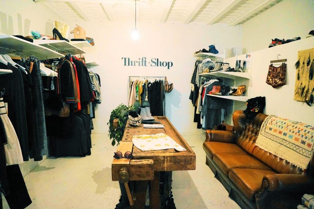 Thrift 4 - 4x vintage shops in Amsterdamse (De Pijp)