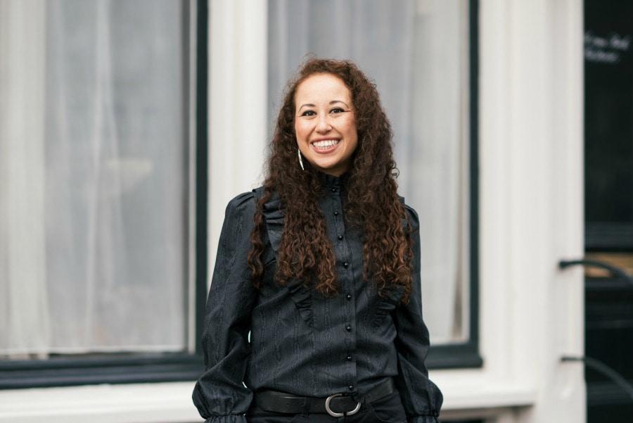 Outfit post | Grijze vintage blouse & zwarte jeans