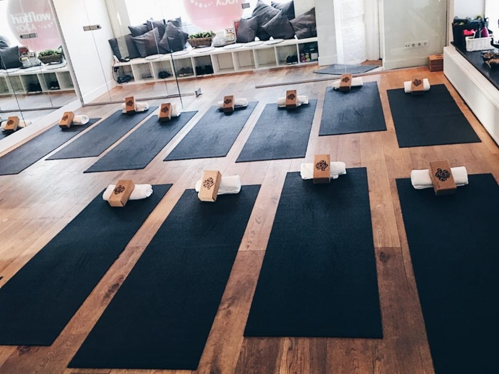 Hot Flow Yoga Amsterdam