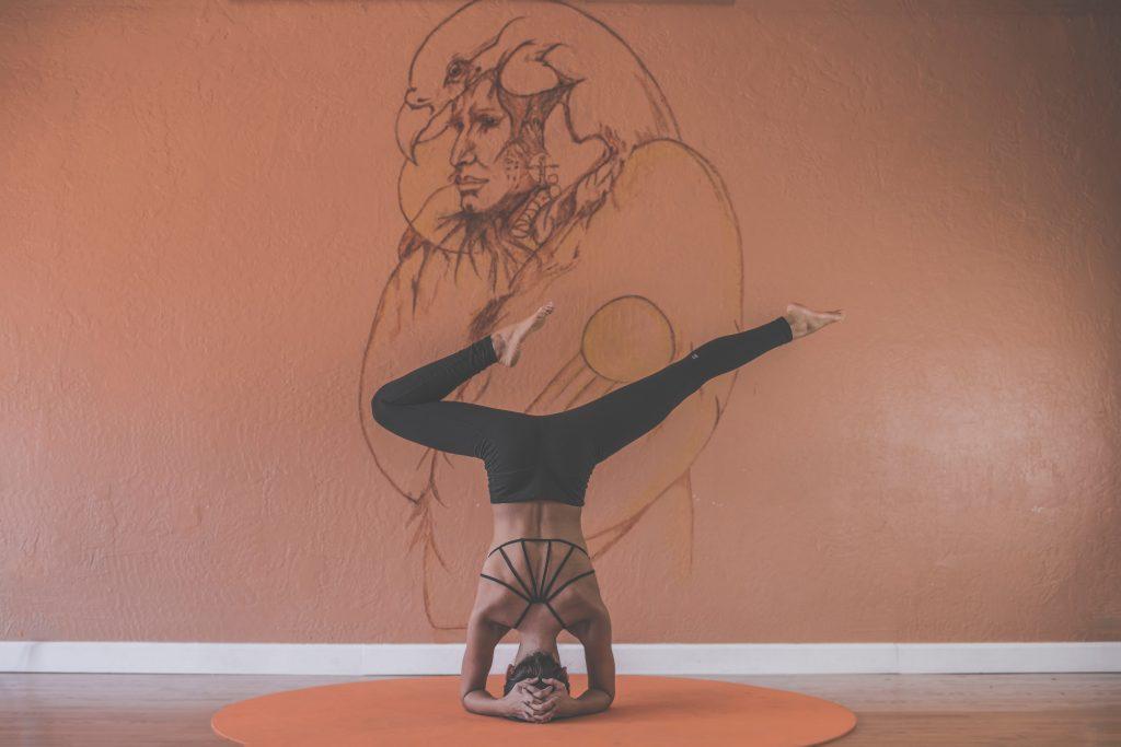 Gastblog || Maakt Yoga Mensen Gelukkiger?