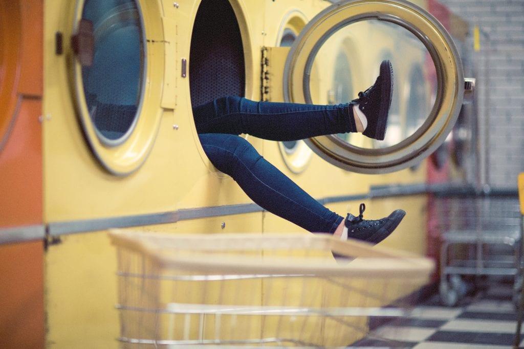 5 tips om duurzaam je kleding te wassen