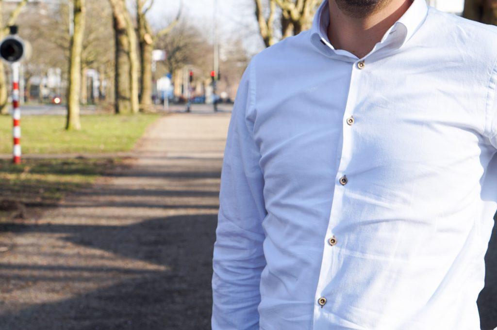 In dit artikel lees je meer over het duurzame herenkleding merk SKOT Fashion. Ook lees je hier een review van het overhemd White Fun.