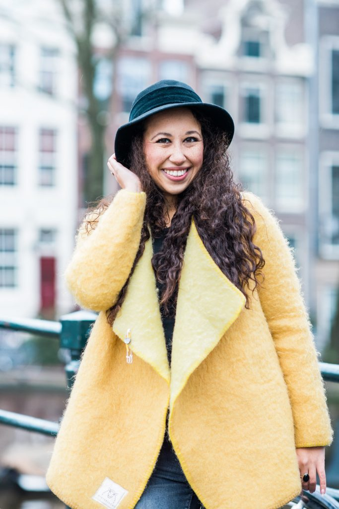 Fair outfit Wintervacht Mudjeans Hailey 13 683x1024 - Fair fashion outfit | jas van Wintervacht, jeans van Mudjeans