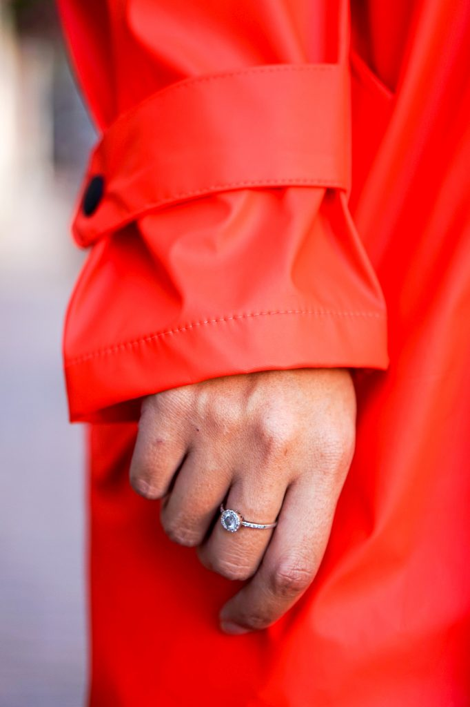 Maium regenjas 5 - Fair fashion outfit: kleurrijke & stijlvolle regenjas van Maium